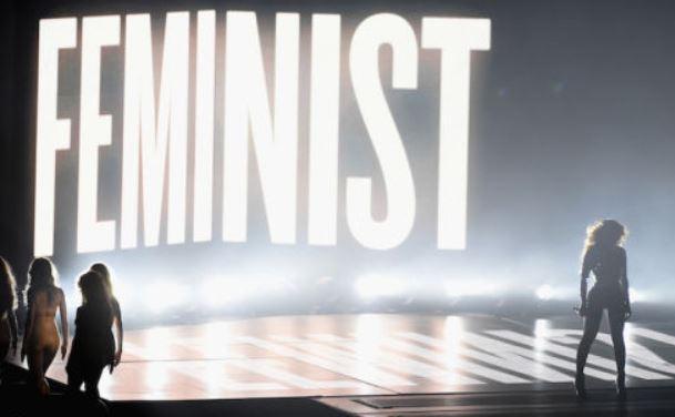 Anita Finlay & Jerry Doyle Talk Beyoncé, Sofia Vergara & Wardrobe Malfunctions 8/26/2014