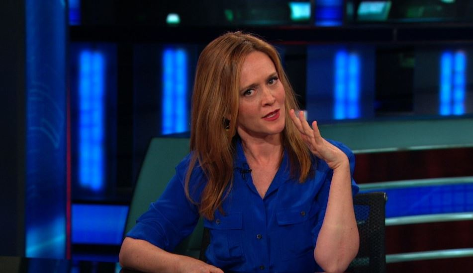 Samantha Bee in DS